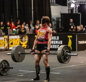 Carlee Olivera performing a deadlift